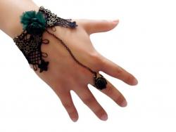 Schwarzes Steampunk Armband