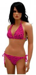 Pinker Bikini mit Totenköpfen