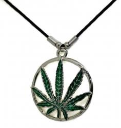 Anhänger Grüner Hanf  Halskette