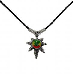 Anhänger Kleines Hanfblatt mit Afrika  Halskette