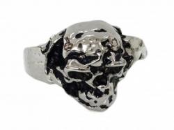 Silberner Totenkopf Ring