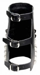 Rocker Armband 88 Pyramidennieten