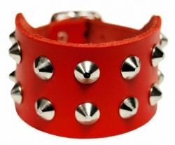 Rocker Armband 2-Reihiges Spitznieten Rot
