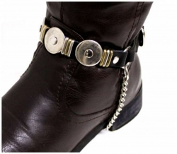 Schwarze Stiefelbänder mit Flachnieten